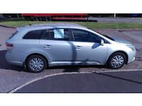 VERY LOW MILEAGE 2010 TOYOTA AVENSIS ESTATE DIESEL 2.0D-4D FULL SERVICE HISTORY 2 OWNERS