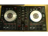 Pioneer DDJ SB2 controller with phillips headphones