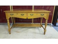 Solid Oak Console Table / Desk By FRAs.& JAS Smith Furniture Makers For Charles Rennie Macintosh