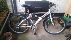 Women Bike, very good condition, comes with U Locker