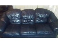 leather 3 seater sofa & 2 chairs