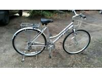 Hybrid city touring bike