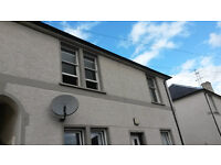 2 bed flat in quiet location near river in Callander. Being renovated at present. Available October