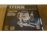 Titan 1/2 router