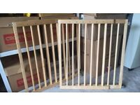 Lindam Solid Wooden Child Gate (Last one left)