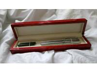 WOODEN GIFT BOX AND TWO PENS