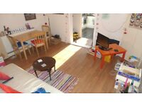 A LOVELY FULLY FURNISHED LARGE TWO BED IN GREAT LOCATION - SE5 - MUST SEE !