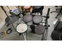 Roland td6v electronic vdrums drumkit with sticks