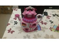 My Little Pony - Ponyville Teapot Palace and Pinkie Pie's Balloon Playhouse – In good condition