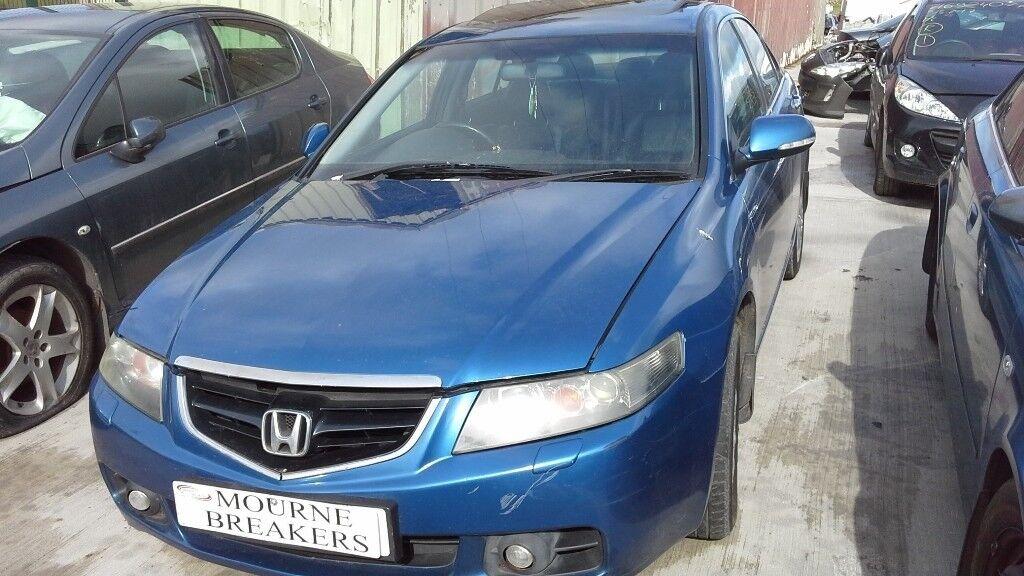 **FOR BREAKING** 2004 Honda Accord 2.2 diesel.