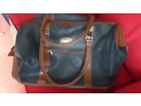 BAG FOR TRAVEL, LUGGAGE, SHOPPING WITH 2 short carry Handles