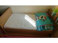 Baby cot /bed