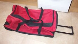 SUITCASE CARRIER