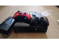 Xbox 350 500g plus 2 controllers and 3 games (fifa 16 deluxe)