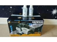 BEAMZ 900W Snow machine