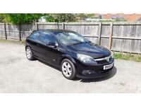 Vauxhall Astra 1.6 SXI. Black, 3 door, 79k. Service history, 8 months MOT
