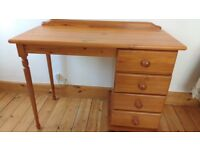 Pine desk with 4 drawers vgc