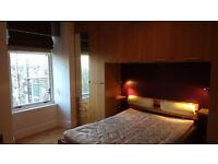 Spacious 2 bed flat (second floor) opp Cessnock underground