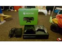 Xbox one 500gb with 4 games and control battery pack