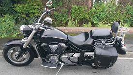 Yamaha xvs 1300 midnightstar very good contition only 3400 miles full year mot