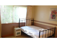 DOUBLE Room for rent in a attractive spacious 6 Bed house in Uxbridge near Brunel & Stockley Park