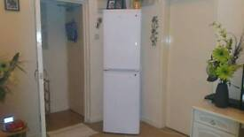 Varry good working beko fridge and freezer mint condition