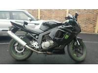 Hyosung GT125R 125cc 125 motorbike
