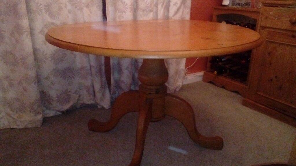 Solid Pine Drop Leaf Circular Table