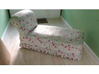 VICTORIAN CHAISE LONGUE WITH STORAGE