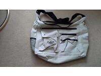 Travel bag NEW. Cream