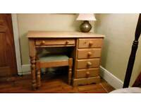 Windsor pine dressing table with matching stool. L 105cm W 50cm H 76cm