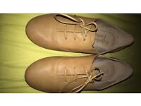 New without tags tan brogue shoes size 5