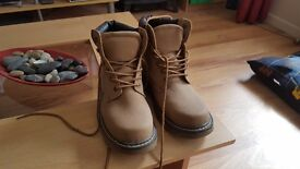Mens boots brand new never worn UK size 11 unwanted gift
