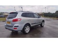5 SEATER 2008 HYUNDAI SANTA FE AUTOMATIC. 1 YEAR MOT. CAMBELT REPLACED. FULL SERVICE HISTROY. 2 KEYS