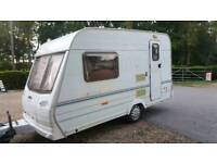 Lunar ariva 2002 2 berth in mint condition small light weight 700kg