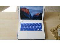 macbook 13 inch vgc