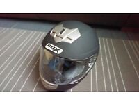 Box Matt Black Motorcycle Helmet B1MBS - Small - NEW