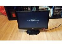 "LG Flatron W2043S LCD Monitor, Widescreen 20"" Resolution: 1600x900"