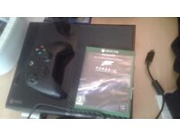 Xbox one 500gb with kinect, controller and forza 6