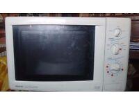 Microwave 900w sanyo
