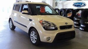 2013 Kia Soul Base (Bluetooth  Heated Seats)