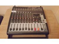 Behringer PMP1000 mixer