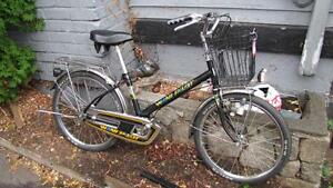 *FULLY TUNED* Rare, Vintage 22 Inch wheel grocery getter! $129