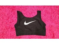 Nike sports bra / top