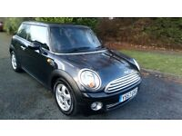 MINI ONE 1.4 57 REG IN BLACK WITH HALF LEATHER AND ALLOYS,AIR CON, ONLY 80,500 MILES,MOT JAN 2019