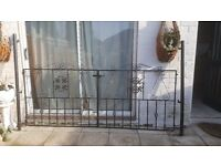 Set of Double driveway gates - With solid iron posts (£120 ONO)
