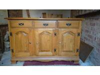 Lovely sideboard / cupboard