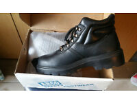 Safety Boots Arco Chukka Boots Size 8