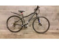 FULLY SERVICED NEARLY NEW HIBRID CANNONDALE TANGO WITH HYDRAULIC BRAKES