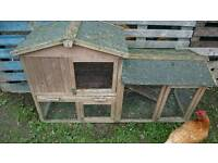 Chicken rabbit hutch